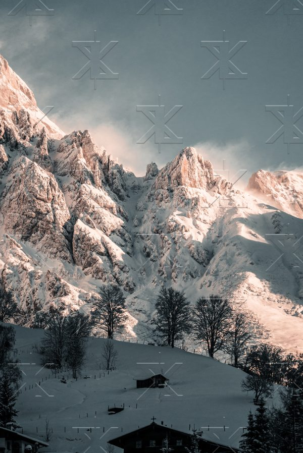 Bergwand von Lukas Klima