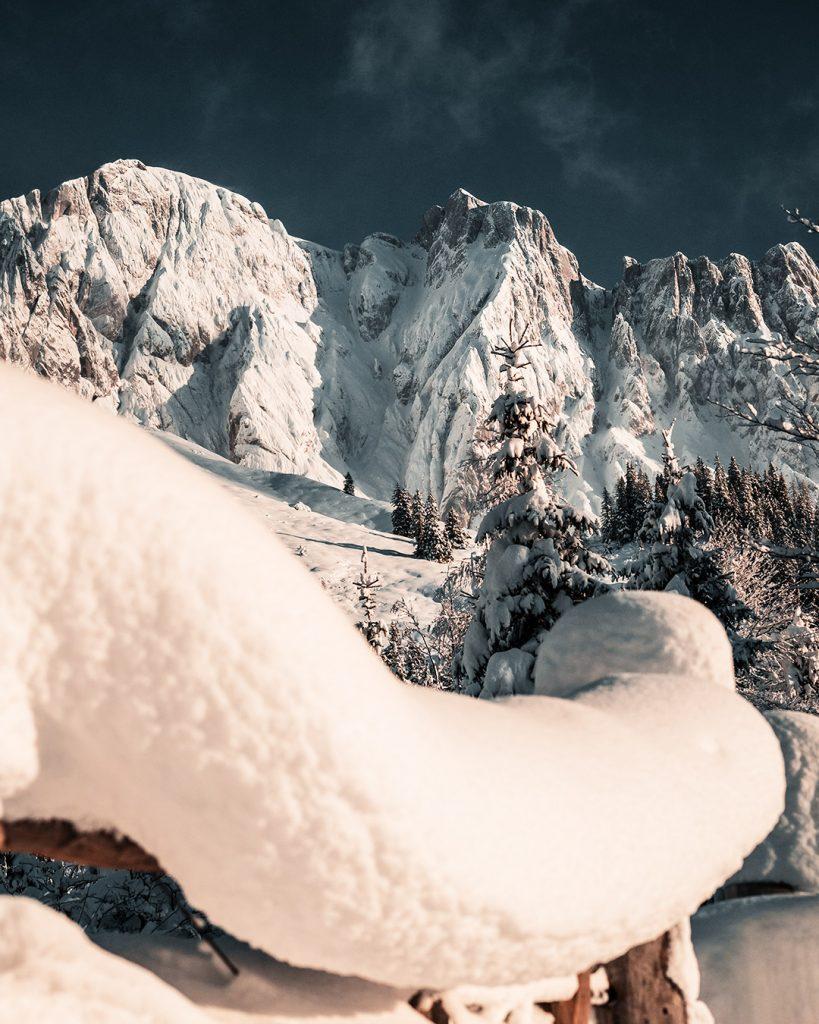 Der Schnee und der Berg